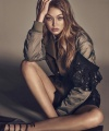 vogue-japan-december-2016-gigi-hadid-by-luigi-and-iango-03.jpg
